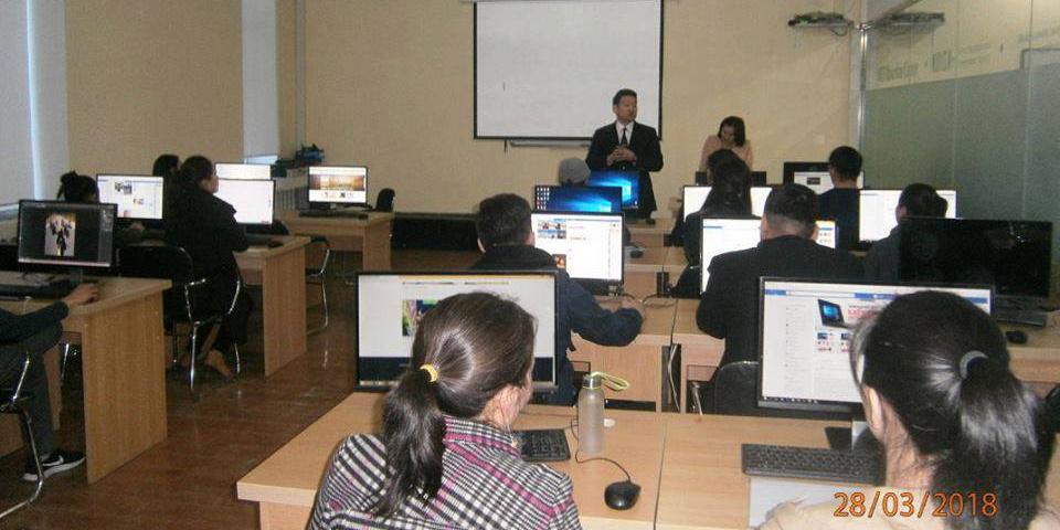 Компьютерийн сургалтыг амжилттай төгссөн залуучууд сертификатаа гардан авлаа