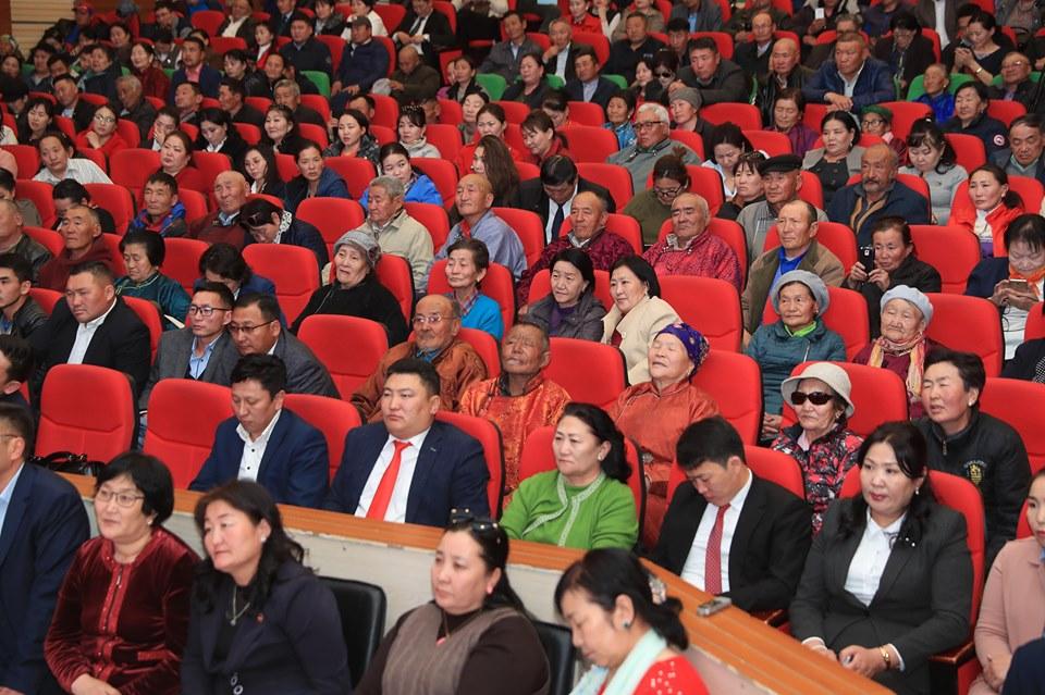 Монгол Улсын Ерөнхий сайд Говь-Алтай аймгийн иргэдтэй уулзав