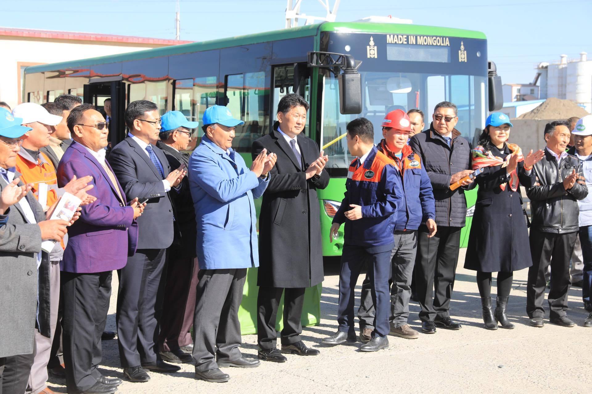 2-3 цаг цэнэглээд 180-200 км зам туулах Монголд угсарсан автобус үйлчилгээнд гарлаа