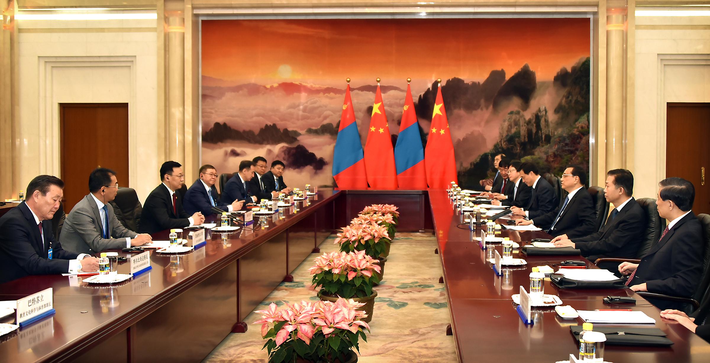 5858aadbe8ea168943364386a3622bcd Монгол Улсын Ерөнхий сайд Ж.Эрдэнэбат, БНХАУ-ын Төрийн Зөвлөлийн Ерөнхий сайд Ли Көчянтай нар албан ёсны хэлэлцээ хийв