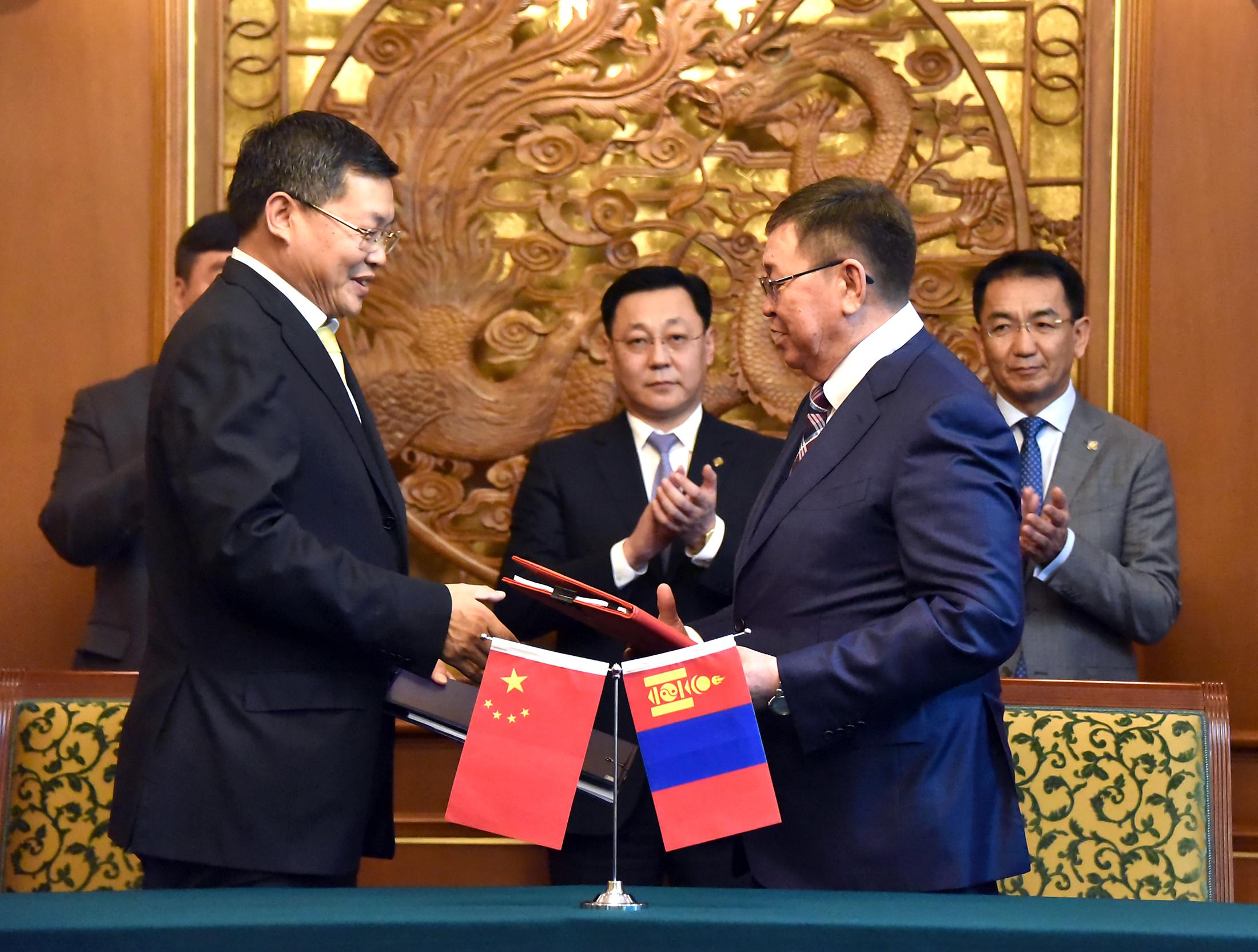 a7d6ffbf2c4283f8f6d5da17c4c12c33 Монгол Улсын Ерөнхий сайд Ж.Эрдэнэбат, БНХАУ-ын Төрийн Зөвлөлийн Ерөнхий сайд Ли Көчянтай нар албан ёсны хэлэлцээ хийв