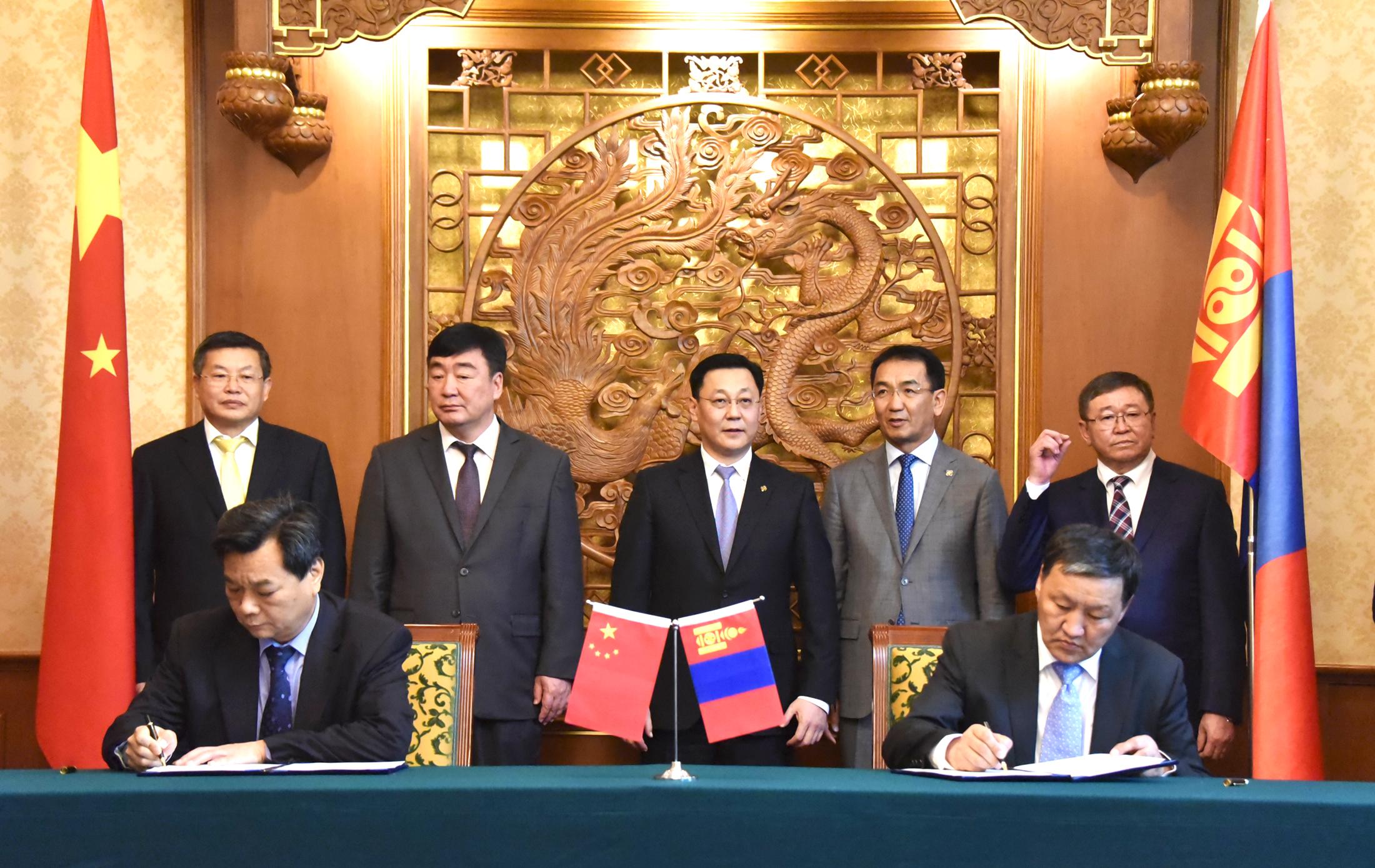 bd306a49f147445a680aa00ecd7f40cf Монгол Улсын Ерөнхий сайд Ж.Эрдэнэбат, БНХАУ-ын Төрийн Зөвлөлийн Ерөнхий сайд Ли Көчянтай нар албан ёсны хэлэлцээ хийв